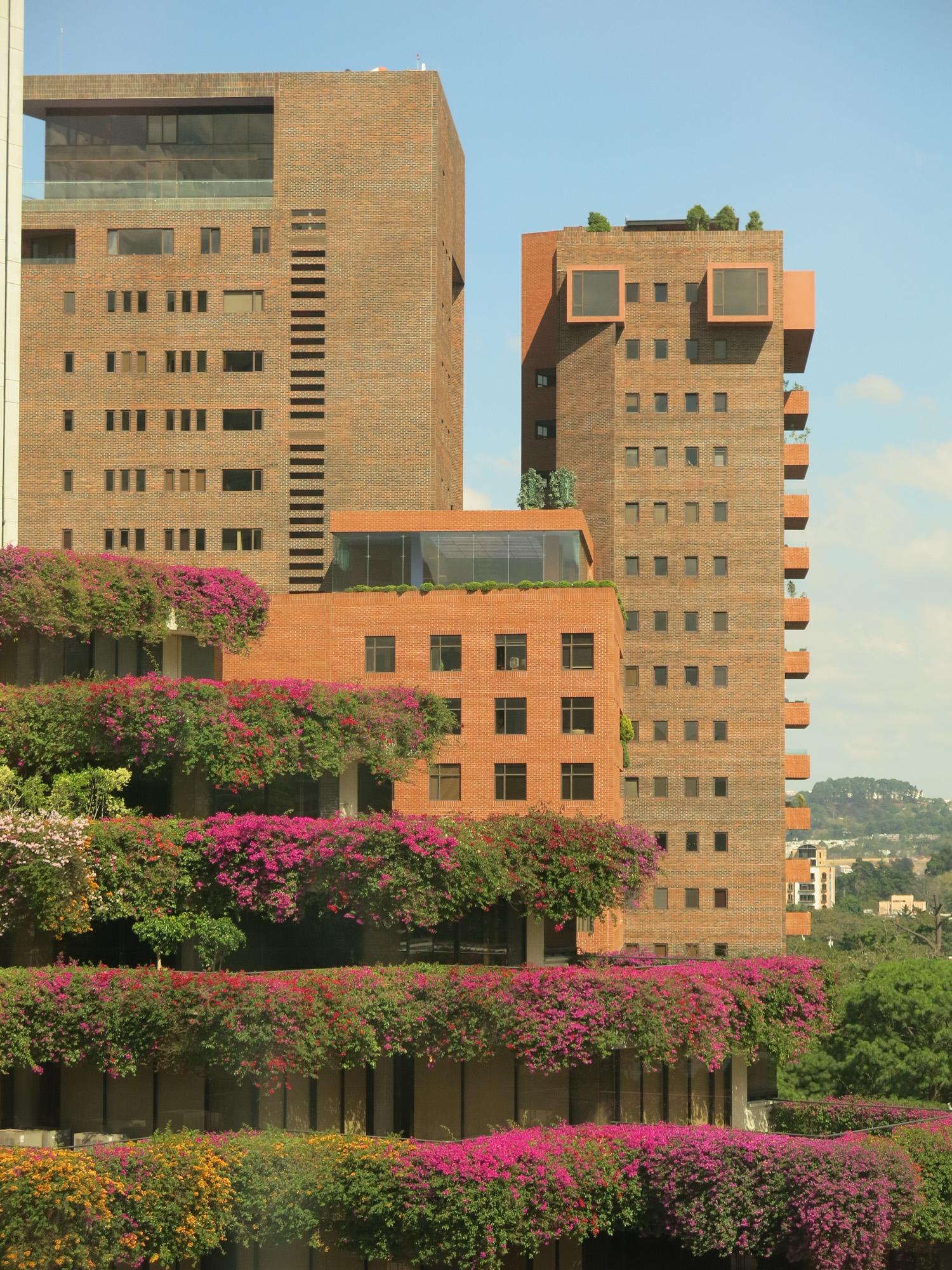 Edificios zona 10